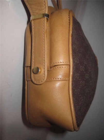 Gucci Early Equestrian Hardware Bamboo Accent Clasp Canvas/Leather Hinged Shape Cross Body Bag Image 4
