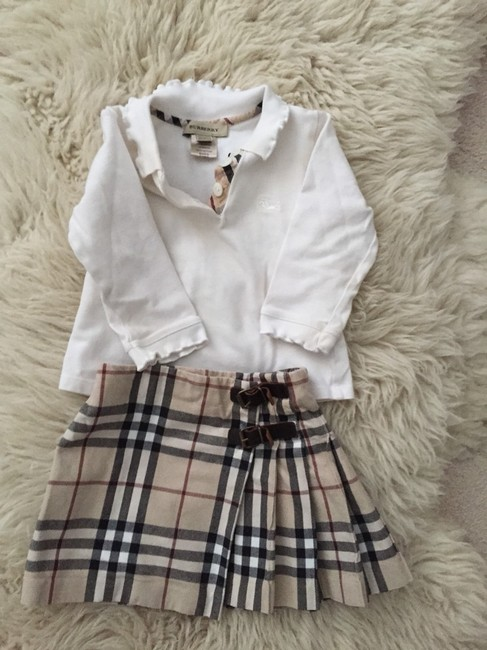 Burberry Super Cute Burberry Outfit Image 5