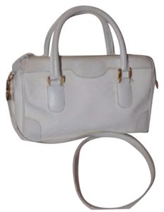 Gucci Doctor's Speedy/boston Gold Hardware Footed Bottom Satchel in white small G logo print
