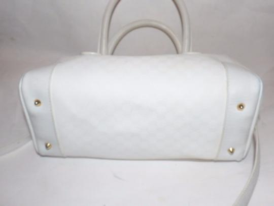 Gucci Doctor's Speedy/Boston Gold Hardware Has Detachable Strap Satchel in white small G logo print coated canvas and white leather Image 2