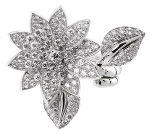 Van Cleef & Arpels Van Cleef & Arpels Lotus Diamond Ring