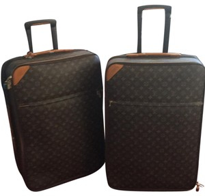 Louis Vuitton LV logo brown Travel Bag