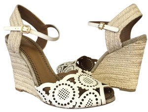 Tory Burch 9.5 White Wedges