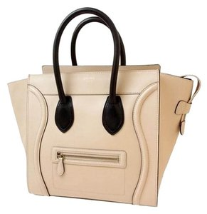 Céline Tote in Cream beige x black by color
