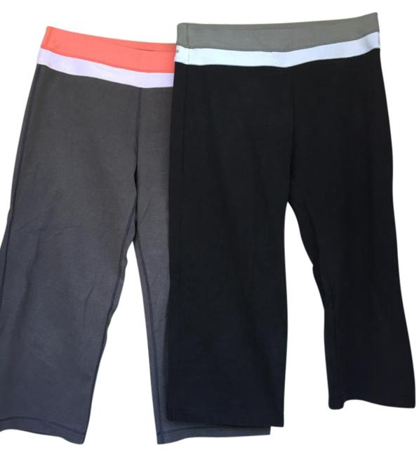 Item - Grey and Black Set Of Two Pairs Of Yoga Pants Activewear Bottoms Size 4 (S, 27)