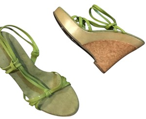 Wild Diva lime green Wedges