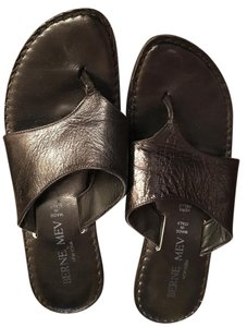 Bernie Mev Black Sandals