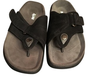 Earth Black Sandals