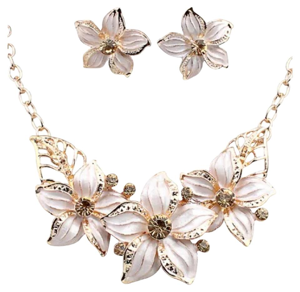 White And Gold Tone New Flower Statement Earring Set Necklace Tradesy