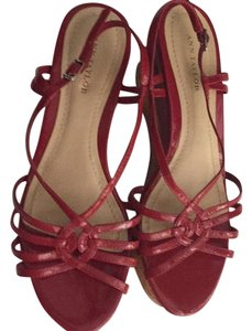 Ann Taylor Red Wedges