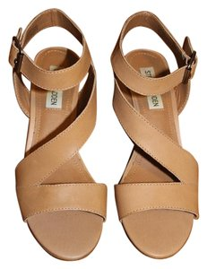 7df0a7321ee6 Women s Steve Madden Shoes - Up to 90% off at Tradesy