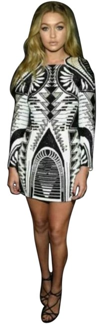 Item - Black and White Above Knee Night Out Dress Size 8 (M)