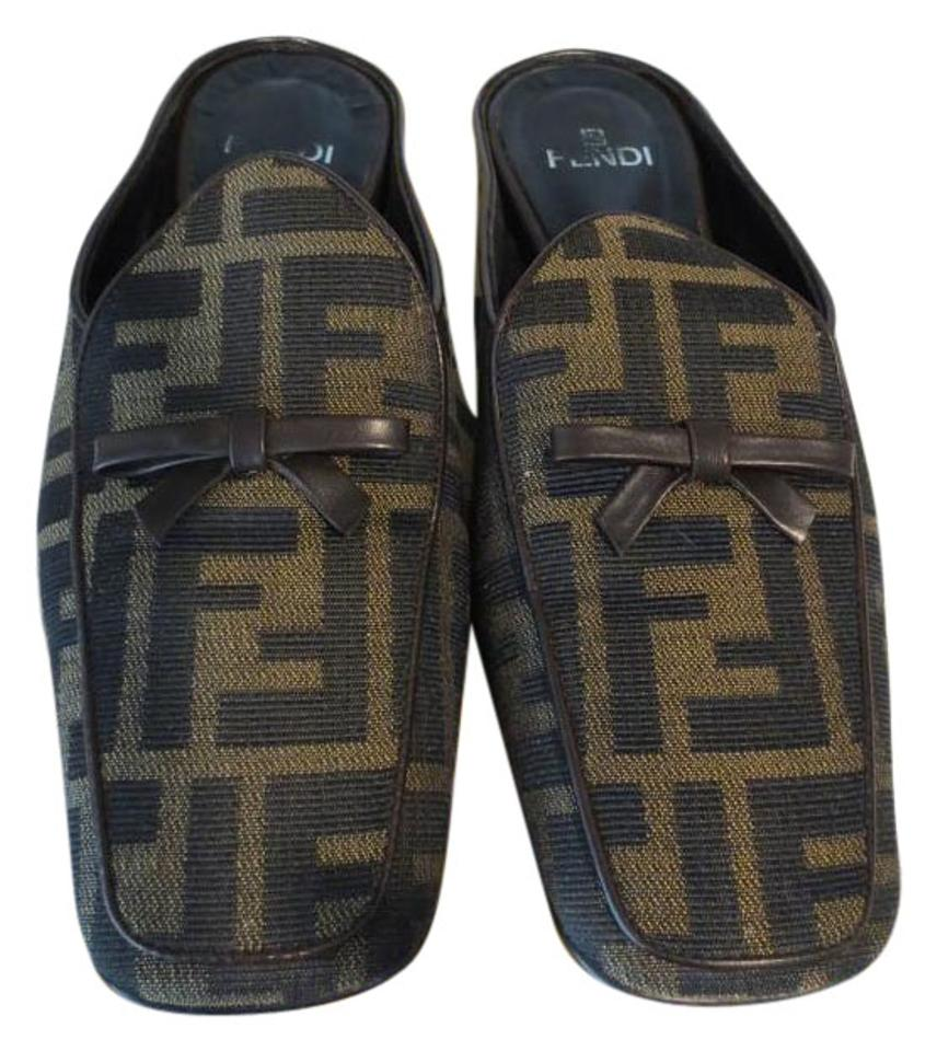 Fendi Brown Bow Monogram Canvas Leather Signature Bow Brown Mules/Slides aa3872