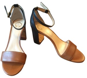C. Wonder Two-tone Leather Summer Open Toe Brown-Black Sandals