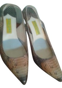 Alan Chan Couture beige Pumps