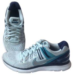 Nike Lunareclipse 3 Size 7 1/2 Light blue turquoise Athletic
