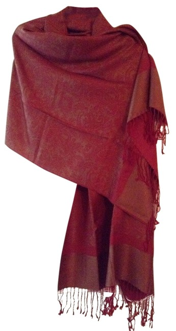 Item - Cranberry and Gold Scarf/Wrap