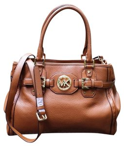 Michael Kors Mk Leather Pebbled Leather Brown Leather Tote in Luggage Brown/Gold hardware