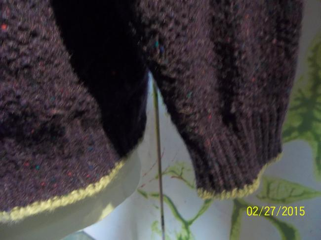 Alps Wool Trimmed Accent Medium Sweater