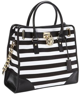 Michael Kors Mk Hamilton And White Tote in Black White/Gold hardware