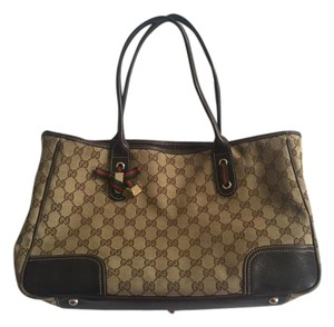 Gucci Canvas Leather Gold Hardware Shoulder Bag