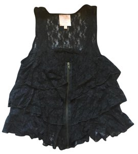 Romeo & Juliet Couture Top Black