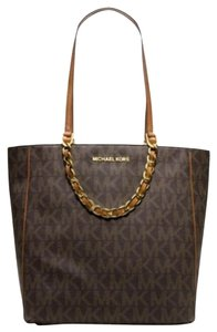 Michael Kors Mk Logo Signature Brown Mk Large Brown Logo Tote in Monogram Brown/Luggage/Gold hardware