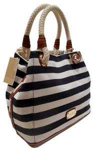 Michael Kors Tote in Navy Blue White/Gold Hardware