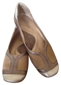 Sesto Meucci Comfortable Leather Rubber Sole Silver & Gold Flats