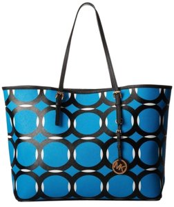 Michael Kors Saffiano Leather Mk Travel Jet Set Large Mk Tote in Deco Blue Black White/Gold hardware