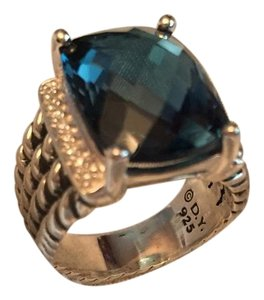 David Yurman wheaton ring with hampton blue topaz 16x12mm size 7