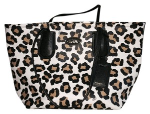 Coach Tote in Ocelot Embossed Coach Taxi Tote