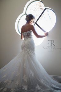 Essense Of Australia D2042 Wedding Dress