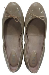 Bloch Leather Size 8 Nude Patent Flats