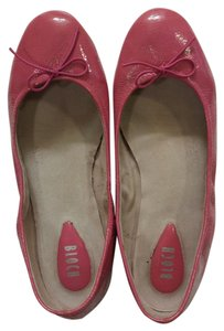 Bloch Leather Size 8 Pink Patent Flats
