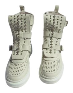 Alexander McQueen High Fashion Studded Soft White Athletic