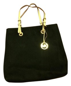 MICHAEL Michael Kors Tote in Black/Gold
