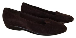 Selby Brown Flats