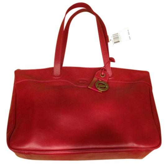 Preload https://item5.tradesy.com/images/longchamp-leather-luxury-shoulder-bag-red-1773304-0-0.jpg?width=440&height=440