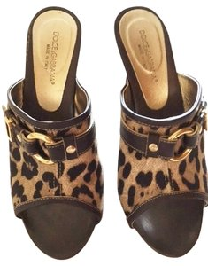 Dolce&Gabbana Leopard with Brown Wood soles and heel Sandals