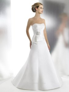 Moonlight Bridal T523 Wedding Dress