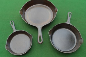 Matched Set Of 3 Griswold Erie Pa Skillets W/ Small Logo
