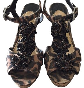 Gianni Bini Cheetah/black Wedges
