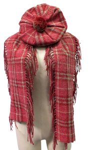 Burberry Burberry pink wool beret and fringe scarf set