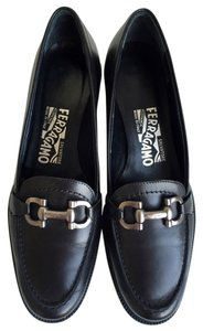 Salvatore Ferragamo Horsebit Loafers Moccasins Black Pumps
