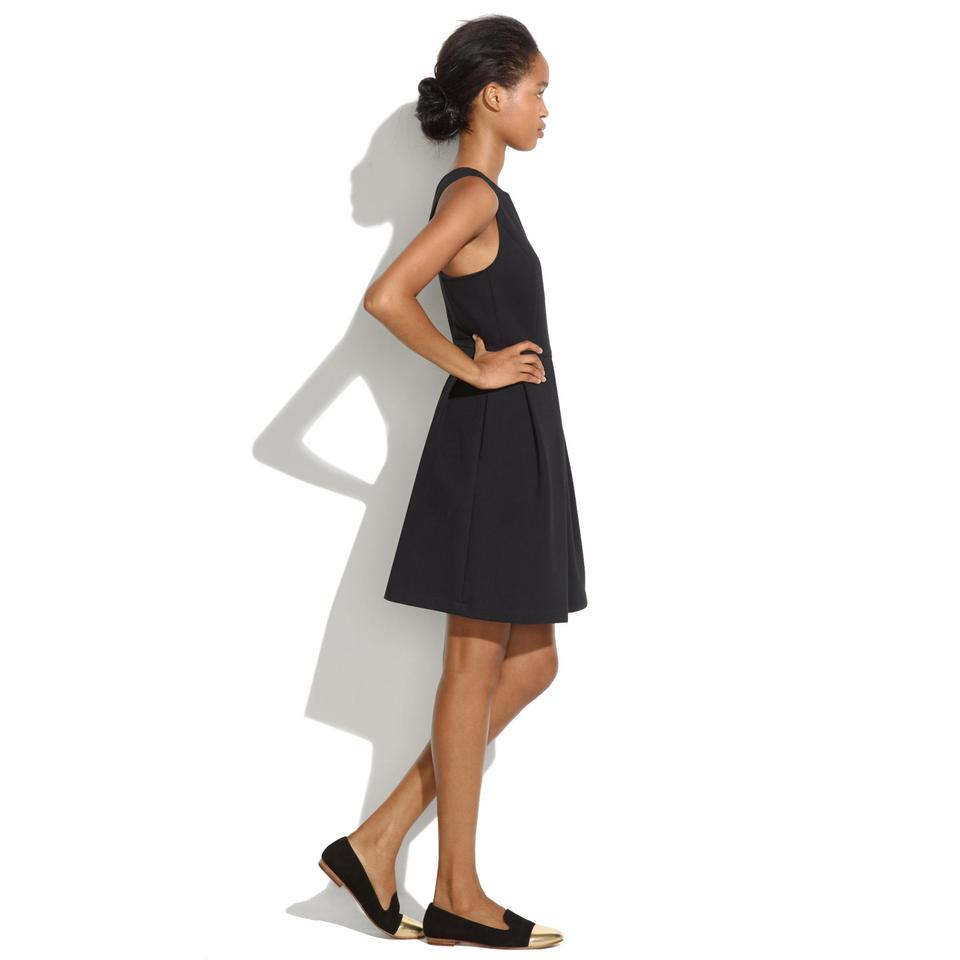 Madewell Black Boxpleat Waist Defined Mid-length Cocktail Dress Size ...
