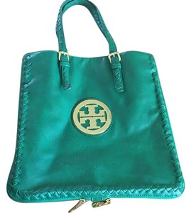 Other Tote in Green
