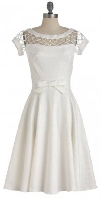 Preload https://item1.tradesy.com/images/bettie-page-white-knee-length-cocktail-dress-size-12-l-177470-0-0.jpg?width=400&height=650