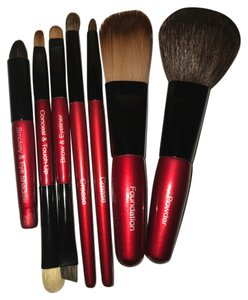 Prevail 8 Prevail Makeup Brushes including an extra crease brush