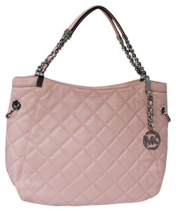 Michael Kors Susannah Tote in BLOSSOM PINK